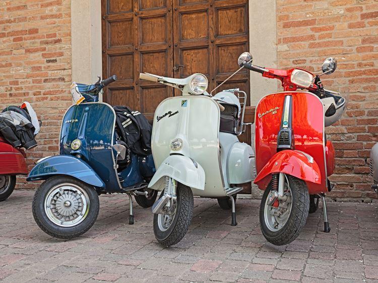 Vespa Piaggio, scuter legenda: 70 de ani